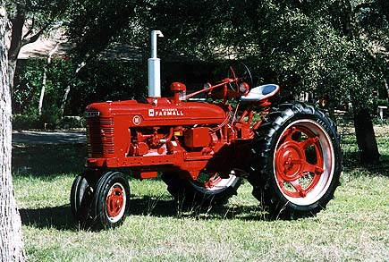 farmall h Farmall H Specifications 1950 farmall h originally purchased new by joe snodgrass of pocahontas arkansas and restored in 1998 by his grandson t w cook in ge etown texas